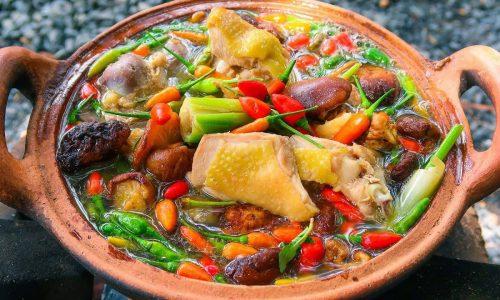 Cách nấu lẩu gà ớt hiểm vừa thơm ngon vừa bổ dưỡng cực dễ